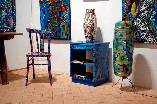 Marco Vecchio pittura su oggetti, decoro di arredi