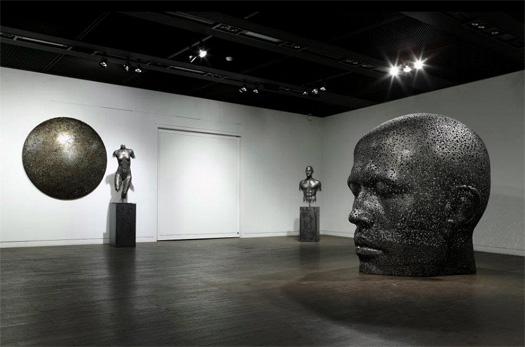 Sculture metalliche figurative di Yeong Deok Seo