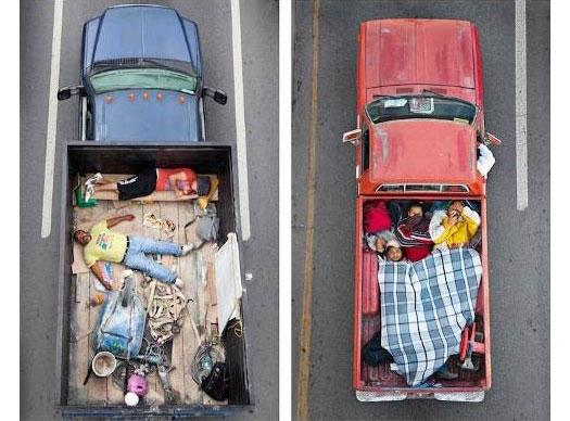 Serie fotografie  Car Poolers  di Alejandro Cartagena