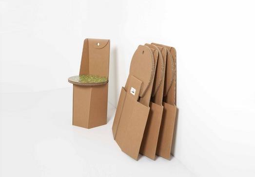 Sedia in cartone ricicalbile piega for Michael nicholas progetta mobili
